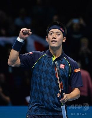 テニスで上達しないと感じてる人はプロの試合をたくさん見ると上達します